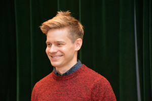 Andrew Keenan-Bolger, Nikki Renée Daniels and More Appear on Studio Cast Recording of KRIS KRINGLE