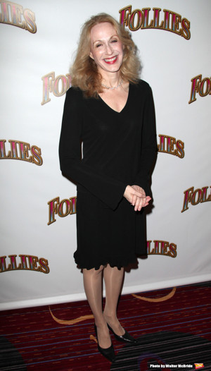 Memorial Service for Jan Maxwell to Be Held June 4; Jayne Houdyshell, Mary Beth Peil, and More to Attend