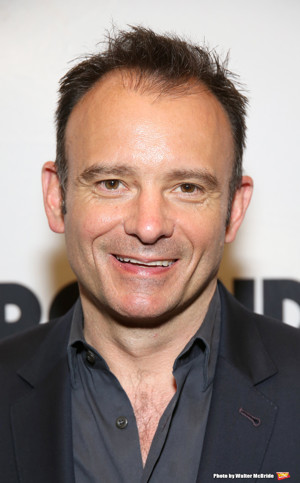 Andrew Scott To Star In Matthew Warchus-Helmed PRESENT LAUGHTER At The Old Vic