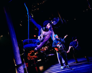 BWW Review: THE BORROWERS, Tobacco Factory Theatres