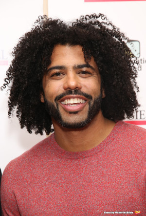 Daveed Diggs to be a Guest on Season Two of Stephen Curry's 5 MINUTES FROM HOME