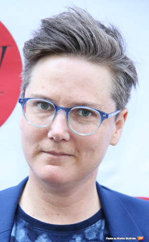 Hannah Gadsby's New Stand-Up Special DOUGLAS to Launch on Netflix Following Off-Broadway Run