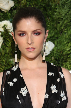 Anna Kendrick to Star in Romantic Comedy Anthology Series LOVE LIFE