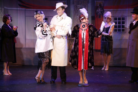 BWW Review: Candlelight Pavilion Is SINGIN' Joyously IN THE RAIN