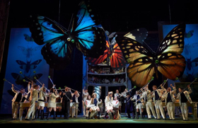 The School For Lovers Is In Session With COSI FAN TUTTE in Toronto