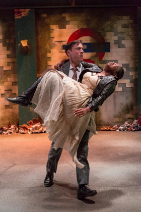 BWW Review: NEVERWHERE Presented By THE KNOW THEATRE OF CINCINNATI Adds Unusual Twist