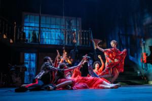BWW Review: TWELFTH NIGHT, Bristol Old Vic