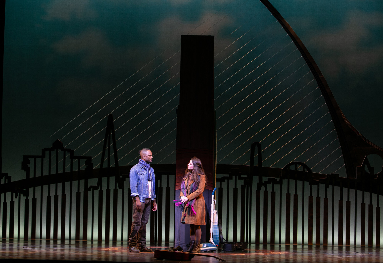 BWW Review: ONCE at Pioneer Theatre Company Fully Captivates