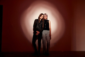 Larkin Poe Partner With Billboard To Premiere HONEY HONEY