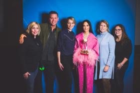 Kacey Musgraves Receives 2019 CMA International Artist Achievement Award