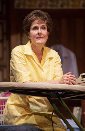 BWW Review: Arizona Theatre Company Presents ERMA BOMBECK: AT WIT'S END ~ Laughing-Out Loud Words of Wit and Wisdom