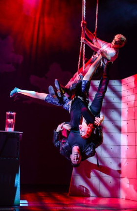 BWW Review: THE COMEDY ABOUT A BANK ROBBERY, Theatre Royal, Glasgow
