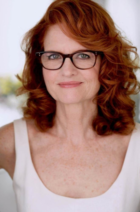 BWW Interview: A Return 30 Years in the Making - KLEPTOCRACY's Candy Buckley