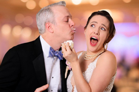 BWW Review: CLO's PERFECT WEDDING Rings Comedy Bells