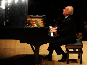 Maurizio Pollini Marks 50th Anniversary of Carnegie Hall Debut with Recital on April 29