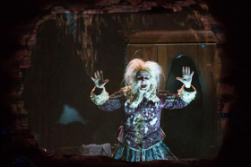 BWW Review: SCARE PAIR: USHER HOUSE AND THE CANTERVILLE GHOST at The Broad Stage
