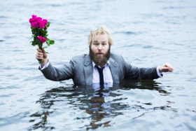 BWW Review: A HUNDRED DIFFERENT WORDS FOR LOVE, Tron Theatre, Glasgow