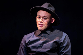 BWW Review: Seth Rue Takes on 30+ Characters in Exquisite FIRES IN THE MIRROR, at Profile Theatre