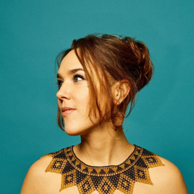 ZAZ Announces Headlining Performance at New York's Town Hall