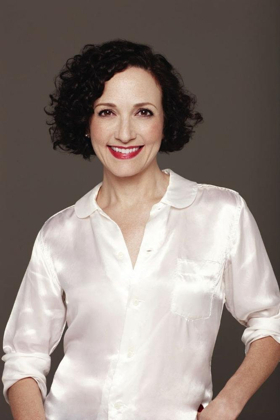 Bebe Neuwirth Brings STORIES WITH PIANO to Walnut Creek's Lesher Center for the Arts