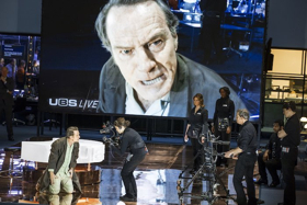BWW Review: NETWORK, National Theatre