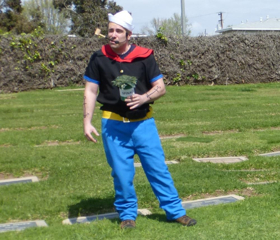 BWW Review: Annual LIVING HISTORY TOUR Features Local Legends, Moguls, and Media Stars Resting Inside Woodlawn Cemetery