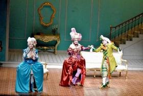 Un Cómico Encuentro Con El Teatro Clásico En Las Preciosas Ridículas