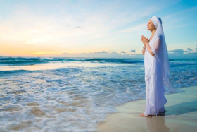 Snatam Kaur To Perform at the GRAMMYs Premiere Ceremony