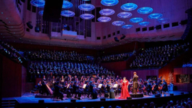 BWW REVIEW: Sydney Philharmonia Choirs CAROLS AT THE HOUSE Is A Joyous Celebration Of The Season