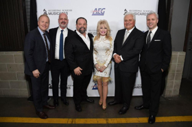 Dolly Parton Signs with Sony/ATV Music Publishing