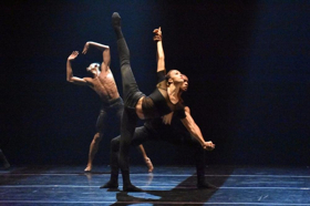 BWW Review: COMPLEXIONS Redefines Rhythm at Joyce Residency