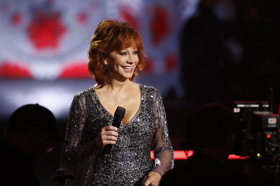 Star-Studded CMA COUNTRY CHRISTMAS Airs 12/10 On ABC