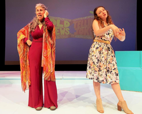 BWW Review: OLD JEWS TELLING JOKES Offers an Evening in the Catskills with Very Adult Jokes, Skits, Songs, and Dance