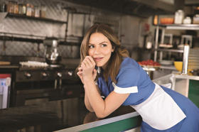 Katharine McPhee Will Play Final Performance As Jenna in WAITRESS on 15 June