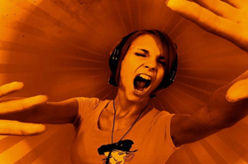 BWW REVIEW: SILENT DISCO Captures The Challenges Of Adolescence In A Society On The Periphery Where Education And Aspiration Often Falls Through The Cracks