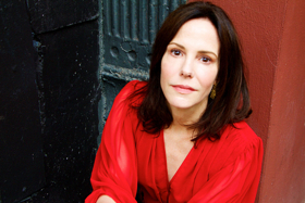 Breaking: Mary-Louise Parker Will Lead Adam Rapp's THE SOUND INSIDE on Broadway; David Cromer Set to Direct