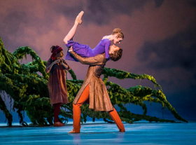 Boston's Own Sarah Lamb Stars In London Royal Ballet's THE WINTER'S TALE At River St Theatre