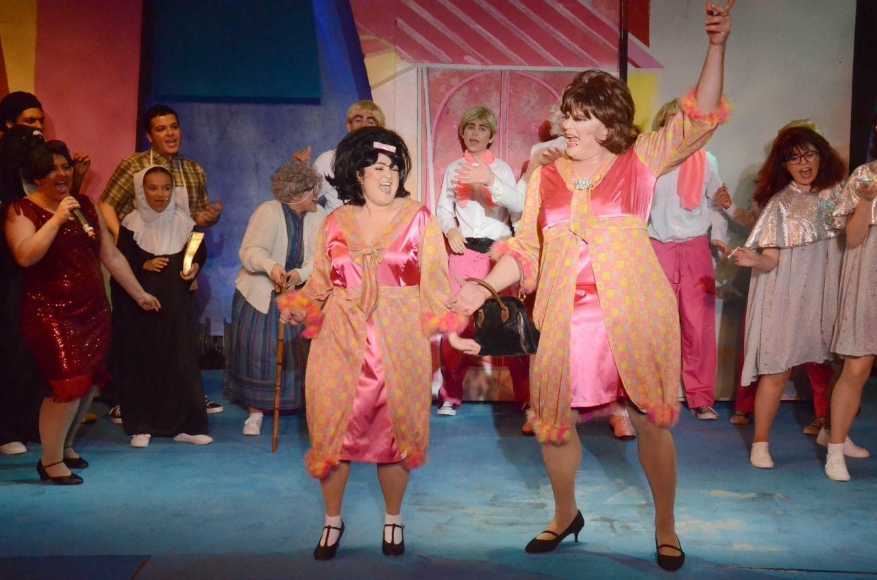 BWW Review: HAIRSPRAY at Desert Theatreworks is an Explosion of Delightful Energy