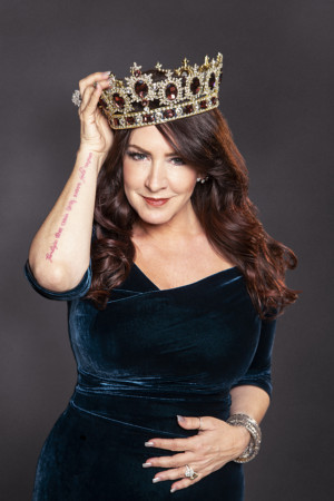 BWW Interview: Joely Fisher of GROWING UP FISHER at Myron's Cabaret Jazz At The Smith Center For The Performing Arts