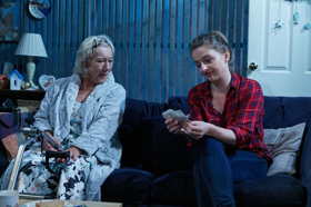 BWW Review: CATERPILLAR, Theatre503