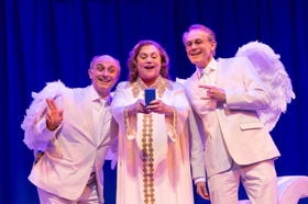 BWW Review: AN ACT OF GOD Starring Kathleen Turner is Fabulous