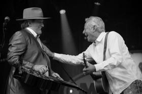 Tommy Emmanuel Announces Additional Tour Dates with Jerry Douglas