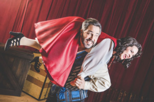 BWW Review: A Dynamite Duo Makes KISS ME KATE A Golden Age Delight