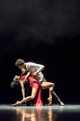 BWW REVIEW: !Adelante, Cuba!  Festival Presents Acosta Danza
