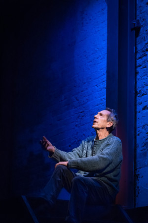 BWW Interview: Jonathan Hyde Talks GENTLY DOWN THE STREAM