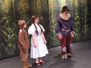 BWW Interview: Chad-Alan Carr, Natalie Hurwitch, Maddie Greco, Ella Scott, Leah Watson, And TJ Williams of THE WIZARD OF OZ at Gettysburg Community Theatre