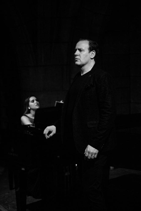 BWW Review: Live from the Crypt, It's Baritone Lucas Meachem