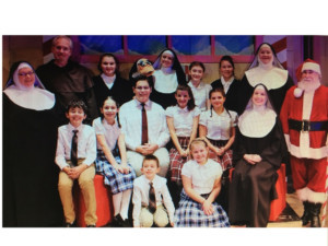 BWW Review: NUNCRACKERS at Seven Angels Theatre