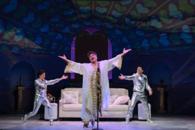 BWW Review: Bryan Batt Gives Heavenly Performance in AN ACT OF GOD at Le Petit Theatre du Vieux Carre