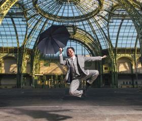Le Théâtre du Châtelet Présente SINGIN' IN THE RAIN Dans la Nef du Grand Palais
